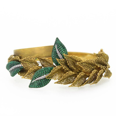 Antique Gold Leaf Bracelet with Intricate Handwork