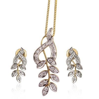 Entangled Leaf Diamond Pendant Set